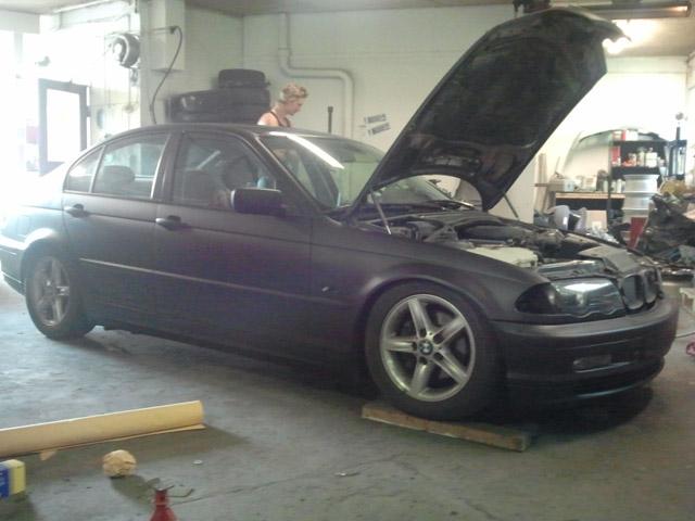 Arktium Garage Bmw5
